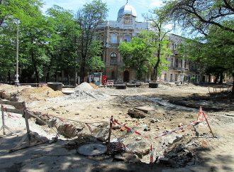 Софиевская и спуск Маринеско: живописные раскопки дополнены новыми мостами