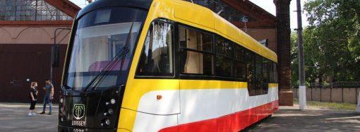 Одесский трамвай: где можно расплатиться за проезд по «безналу»?