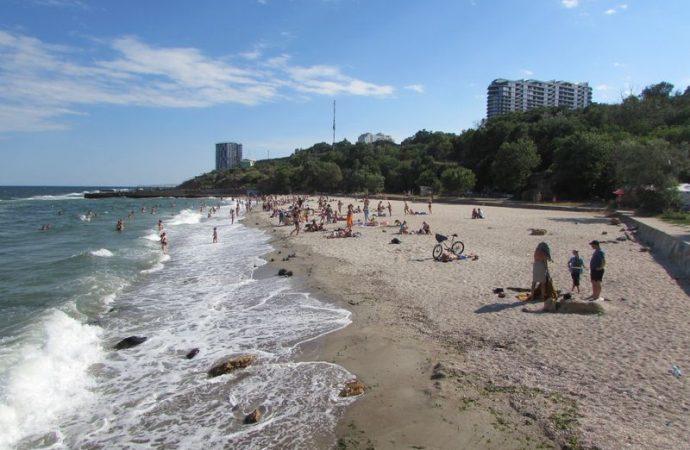 """Что почем на одесских пляжах. Часть 3: """"Дельфин"""" и """"Чкаловский"""""""