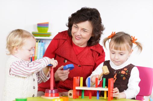 Одесским родителям на заметку: как получить госпомощь на няню