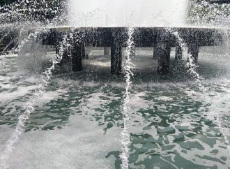 Одесские фонтаны отправляют в «зимнюю спячку»