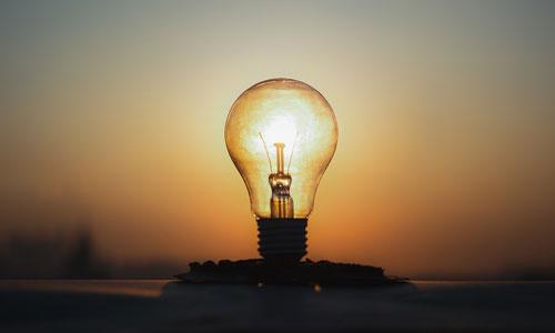 Відключення світла на 26 липня: в Одесі десятки вулиць залишаться без електроенергії