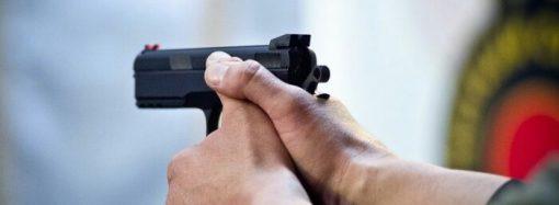 В одесском кафе 19-летний парень устроил стрельбу, чтобы не платить