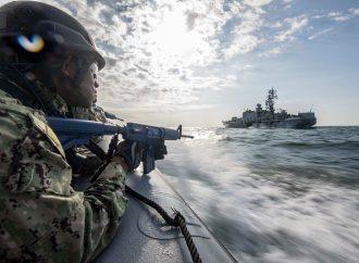 Российский военный корабль провоцировал участников «Си Бриз» во время военных стрельб