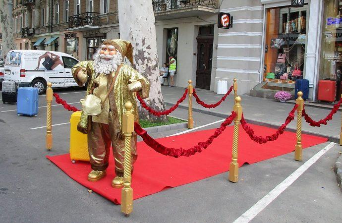 Санта-Клаус отправился в сказочный полет: когда пролетит над Украиной