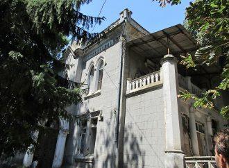 Одесский Замок Монстров: большие проблемы-заботы и первые исторические находки