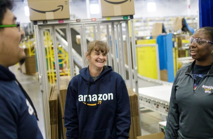 Amazon приглашают на рынок Украины