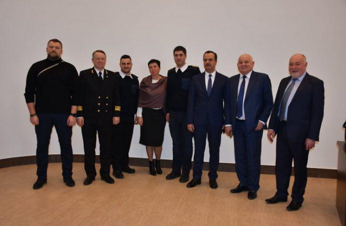 В Лондоне наградят одесского моряка, который спас танкер от пиратов