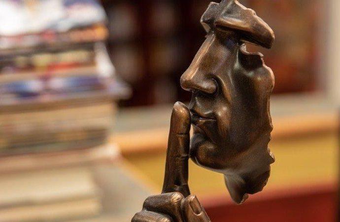 «Дематюкация языка»: в Украине предлагают штрафовать публичных матершинников