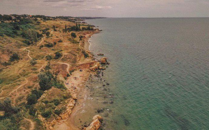 Убирать нефтепродукты на пляжах Лиманского района поручат сельсоветам и военкоматам