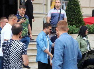 Зеленський в Одесі: президент прибув на «Лігу сміху»