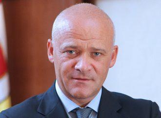 Геннадий Труханов: Одесса направила в Кривой Рог стройматериалы для ремонта кровель