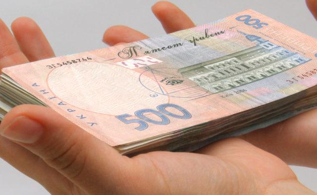 Под Одессой женщина за тысячу гривен покупала голоса избирателей