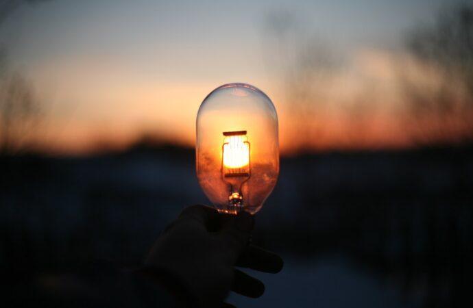 Отключение света в Одессе 20 августа: кому надо успеть зарядить телефон