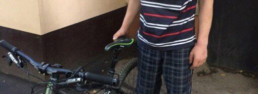 Оперативники вернули одесситке похищенный велосипед за 25 тысяч гривен