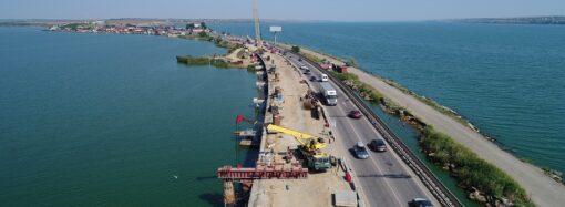 Укравтодор показав ремонт мосту через Хаджибейський лиман з висоти пташиного польоту