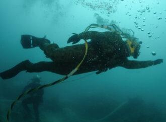 На Одещині водолази шукають двох чоловіків у акваторії Чорного моря