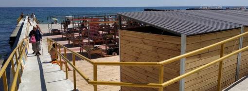 К концу лета в Одессе облагородят пляж на 11-й станции Большого Фонтана