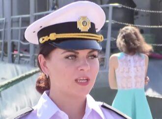 Крок до гендерної рівності: цього року до Одеського інституту ВМС вперше прийняли курсанток