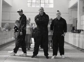 """""""Принцеси з Одеси"""": гурт MOZGI опублікував кліп, відзнятий на ринку в Одесі (відео)"""