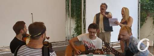 Небывалое представление: Дмитрий Быков таки споёт для одесситов в Зелёном театре