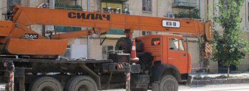 На улице Софиевской в Одессе появились первые рельсы (фото)