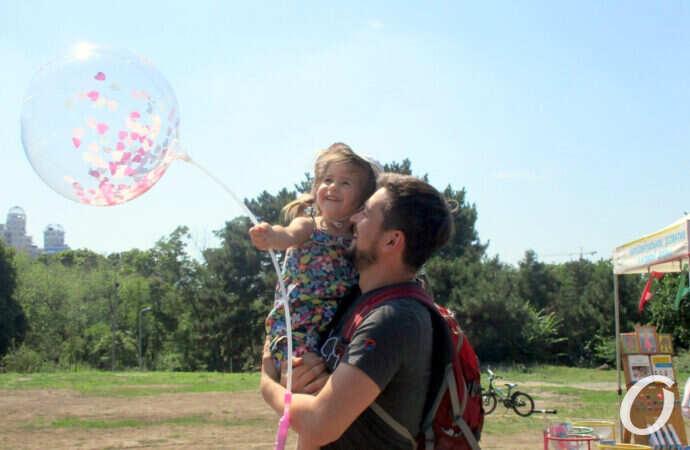 Весело, вкусно и жарко: одесский парк Победы фестивалит по-летнему (фоторепортаж)