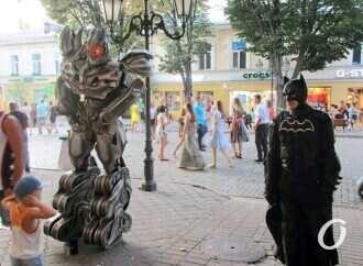 «Развлекалово» на Дерибасовской: нелегальные аттракционы никуда не исчезли
