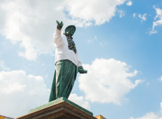 """Живая цепь, """"Антитела"""" и Дюк в вышиванке: как в центре Одессы отмечали День независимости (фото)"""
