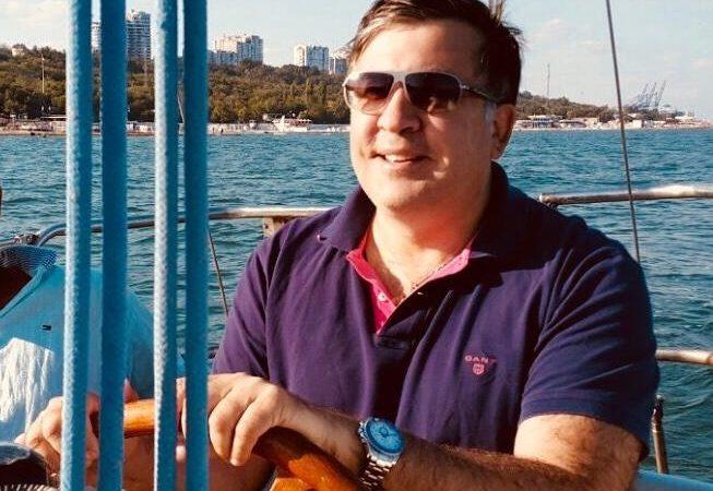 Саакашвили предлагает переизбрать одесскую власть из-за неработающих ливневых стоков