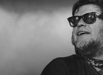 «Кто здесь»: в Одессе пройдет выставка картин Бориса Гребенщикова