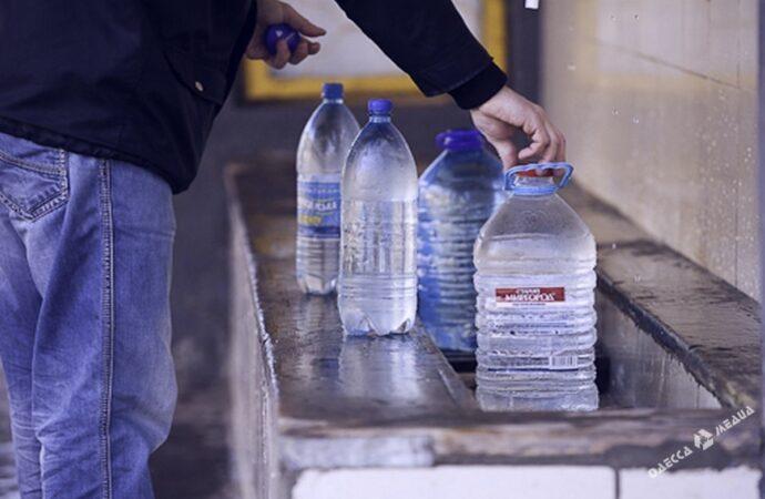 Одеські комунальники розповіли, у скількох бюветах вода відповідає нормам