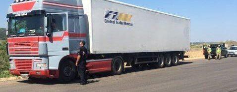 Сохранить дороги: в Одесской области останавливают грузовики из-за нагревшегося асфальта
