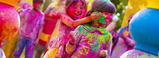 Для фестиваля в Одессе заготовили 10 тонн краски