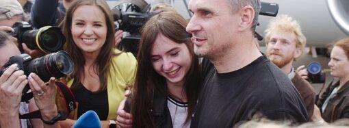 В Украину из России вернулись политзаключенные и пленные моряки (фото, видео)