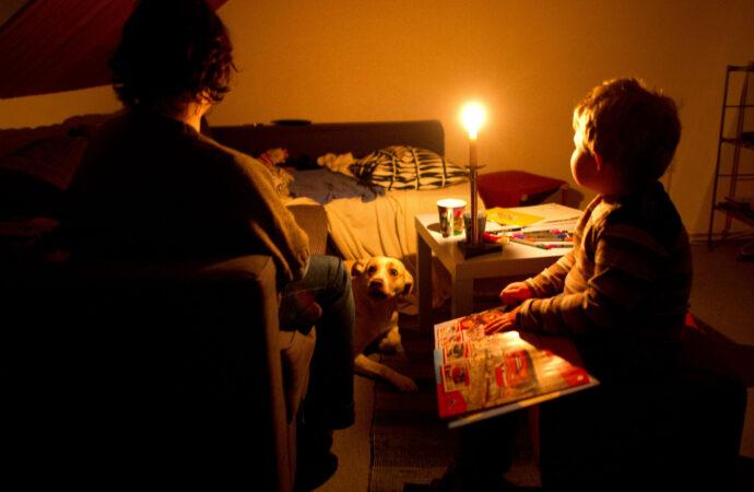 Отключение света в Одессе 31 августа: кто проведет последний день лета при свечах?