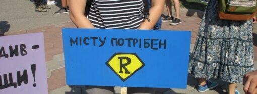 На сайте президента собирают подписи в поддержку уволенного директора Одесского худмузея