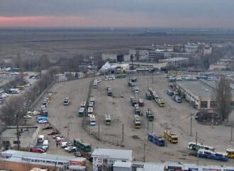 Одесский горсовет проиграл суд: военный аэродром «Школьный» пока застраивать не будут