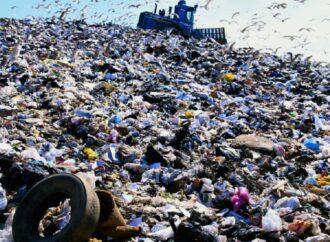 В Одессе прославят тех, кто бросает мусор на улице (видеокомментарий)