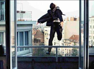 Под Одессой полицейские отговорили мужчину от самоубийства