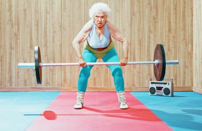Чтобы душа и тело оставались молодыми: какие виды спорта полезны пожилым людям