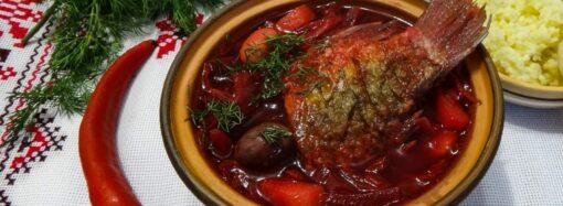 С рыбой, курицей и черносливом: три оригинальных рецепта домашнего борща