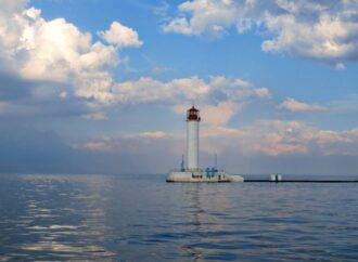 300 рек и 20 островов: Черное море в цифрах и фактах