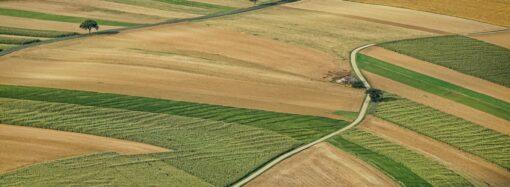 Запровадження продажу землі: 73% українців проти цієї ініціативи – опитування