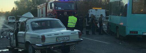 В ДТП под Одессой погибла пожилая женщина, еще несколько человек пострадало