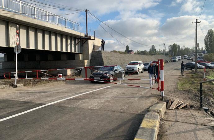 Как под Одессой открытия понтонной переправы ждали (фото)