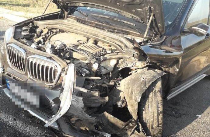 BMW вылетел на встречку: при столкновении машин на трассе Одесса-Рени пострадали 4 человека
