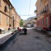 Воронцовский переулок в Одессе: тротуар с препятствиями и гравий на проезжей части