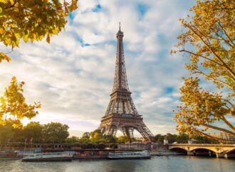 Одесских педагогов поощрили поездкой в Париж