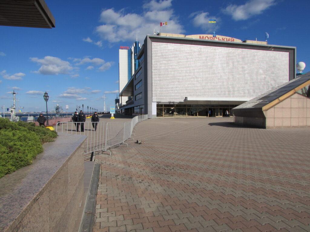 Проход по вокзалу частично ограничен